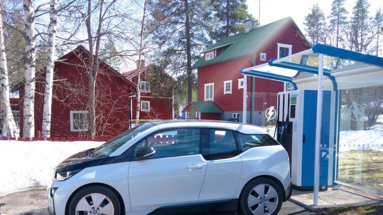 Bornes de charge compatible Chargemap Pass en Suède