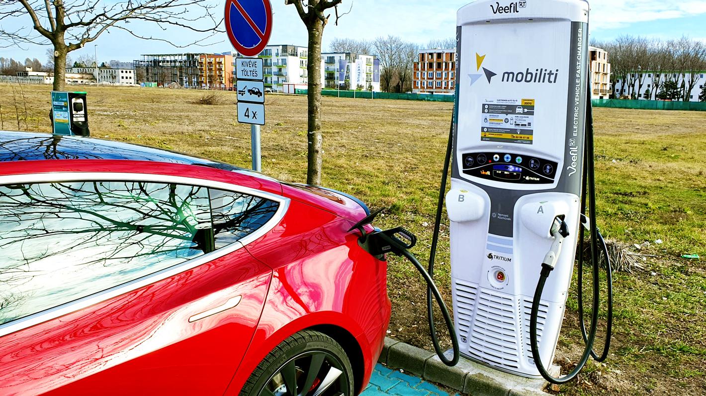 Premier réseau de recharge hongrois compatible Chargemap Pass