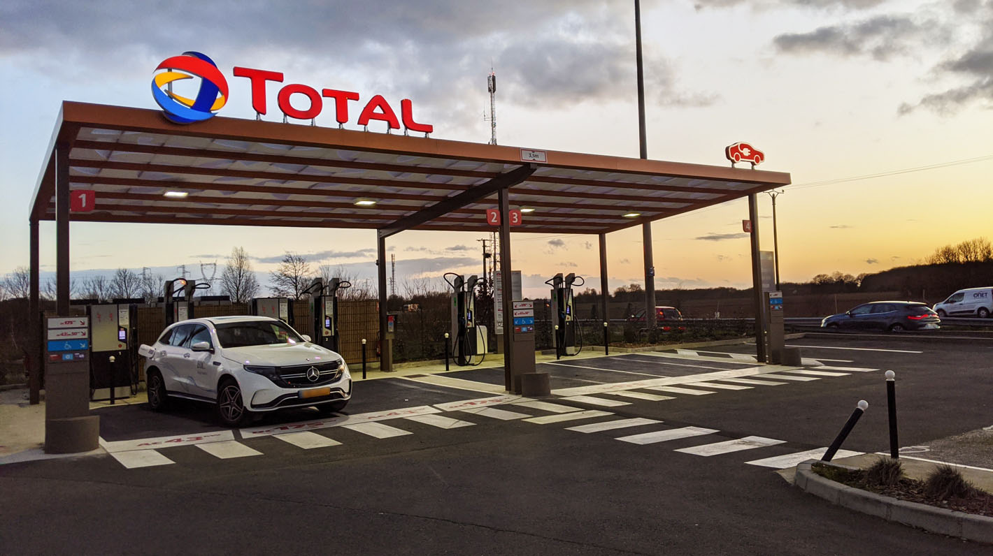 Station de recharge Total EV charge compatible Chargemap Pass belgique