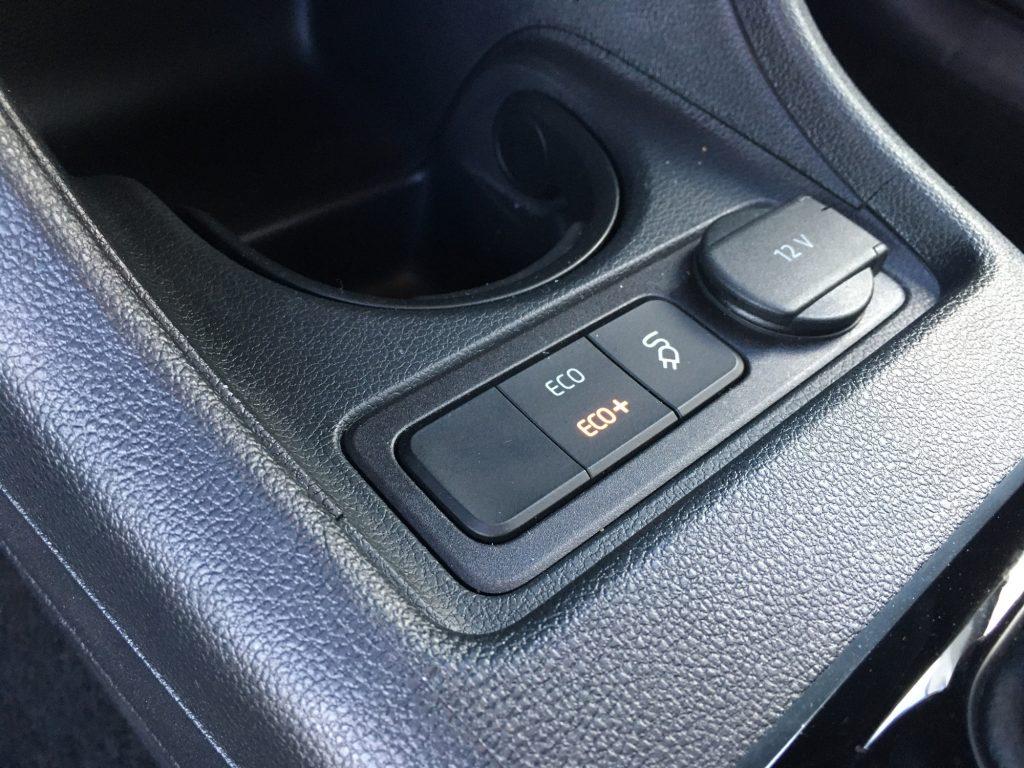 Adopter l'éco-conduite en Volkswagen e-Golf avec le mode éco