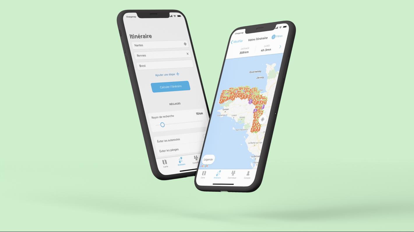 Deux écrans illustrant l'outil d'itinéraire gratuit Chargemap