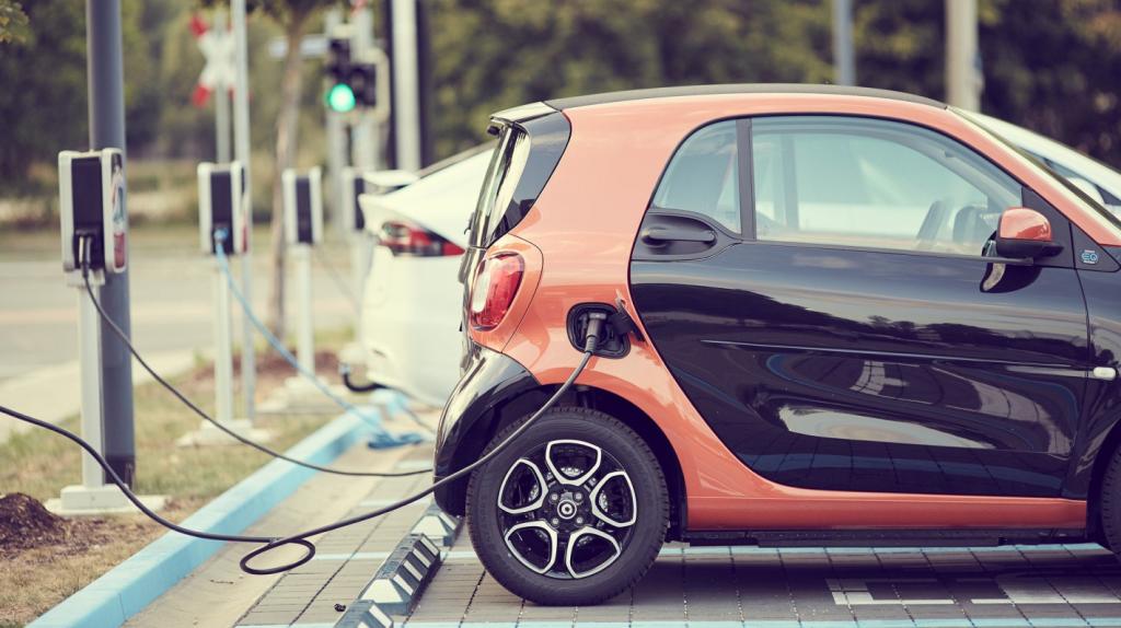 Recharge d'une Smart électrique EQ