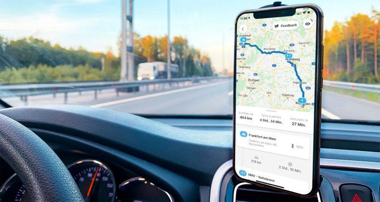 Routenplaner-Funktion in der Chargemap-Anwendung an Bord eines Elektroautos